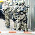 """Alman Basını ve Siyasi zümresi Türkiye'deki olaganüstü hal'i eleştirirken Münih'te yaşanan silahlı saldırıdan sonra eyalette olaganüstü hal ilan edildi. Münih'in Moosach ilçesindeki """"Olympia-Einkaufszentrum"""" adlı alışveriş merkezinde silah seslerinin duyulduğu, bunun […]"""