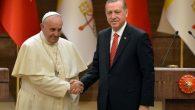 Cumhurbaşkanı Recep Tayyip Erdoğan, ABD'nin Kudüs'ü İsrail'in başkenti olarak tanıması ve sonrasındaki gelişmelerle ilgili, Katoliklerin ruhani lideri Papa Francis ve Rusya Devlet Başkanı Vladimir Putin ile ayrı ayrı görüşmeler yaptı. […]